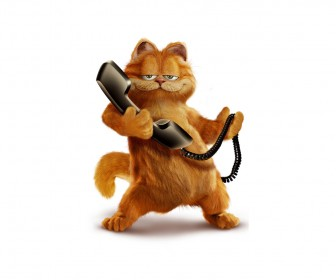 Garfield Holding Telephone Wallpaper
